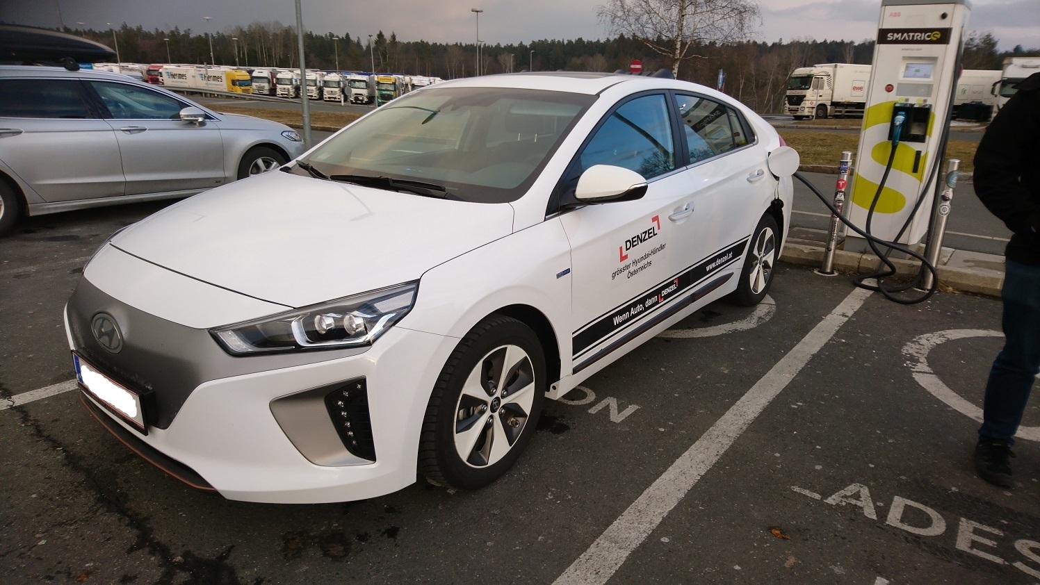 teamcurbs com » Blog Archive » Hyundai Ioniq Testdrive